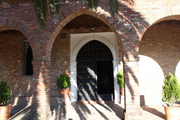 Arcos de ladrillos rusticos awesome la puerta de entrada for Arcos de ladrillo rustico