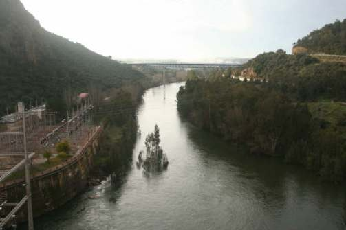 El Rio Ibero (Guadiana) se presenta hermoso