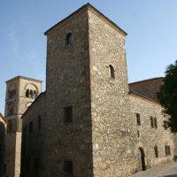 Ruta por el Palacio de Lorenzana, Academia de Extremadura. Intramuros de Truijllo.