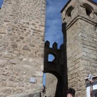Ruta por la Puerta de Santiago. Recinto amurallado de Trujillo. Extremadura